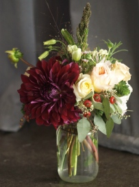 Oreonta house woodstock wedding mason jar centerpiece with garden rose dahlia and wildflowers burgundy