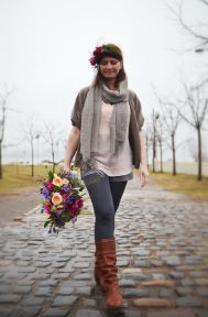 Rosehip Beret with bouquet